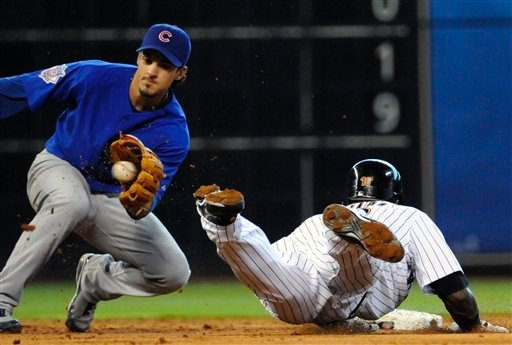 ryan theriot tagging out tejada